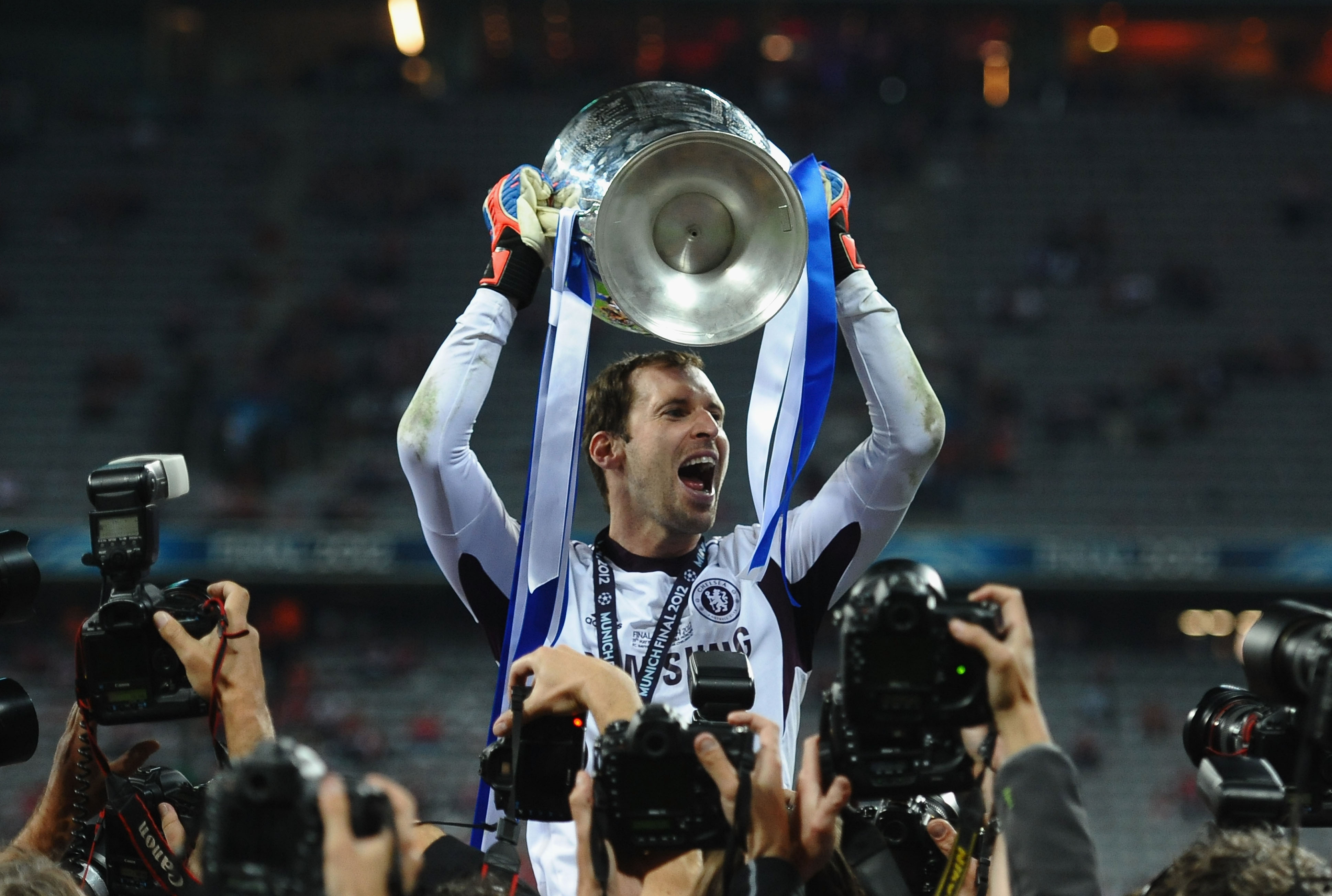 Petr Cech Calls Time On His Trophy Landing Career