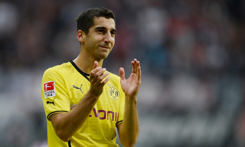 Henrikh-Mkhitaryan-Wallpapers-Clapping