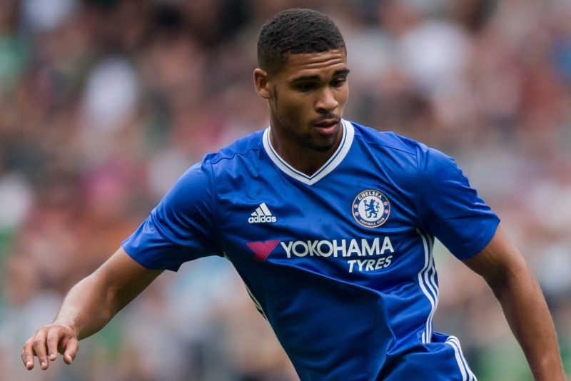 BREMEN, GERMANY - AUGUST 07:  Ruben Loftus-Cheek of Chelsea runs with the ball during the pre-season friendly match between Werder Bremen and FC Chelsea at Weserstadion on August 7, 2016 in Bremen, Germany.  (Photo by Boris Streubel/Getty Images)