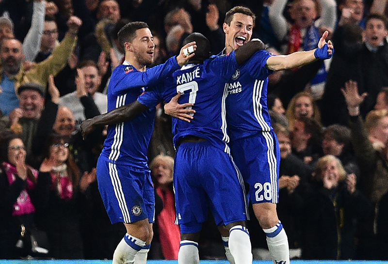 Hazard and Azpilicueta celebrating Kante's strike against United in the FA Cup.