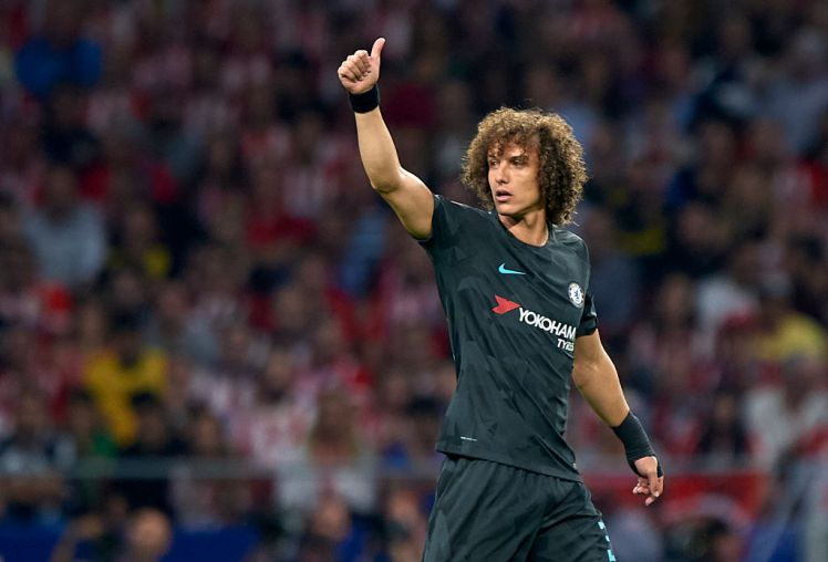 MADRID, SPAIN - SEPTEMBER 27:  David Luiz of Chelsea reacts during the UEFA Champions League group C match between Atletico Madrid and Chelsea FC at Vicente Calderon Stadium on September 27, 2017 in Madrid, Spain.  (Photo by fotopress/Getty Images)