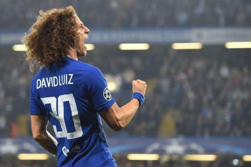 David Luiz celebrates his goal against AS Roma.