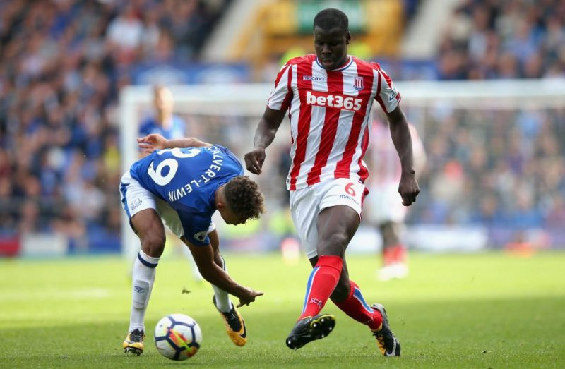 Zouma wins a battle on the field against Leicester City