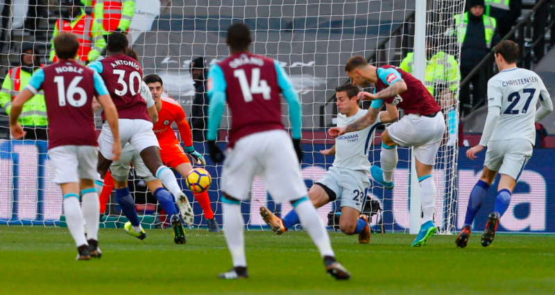 Marko Arnautovic puts West Ham 1-0 ahead.
