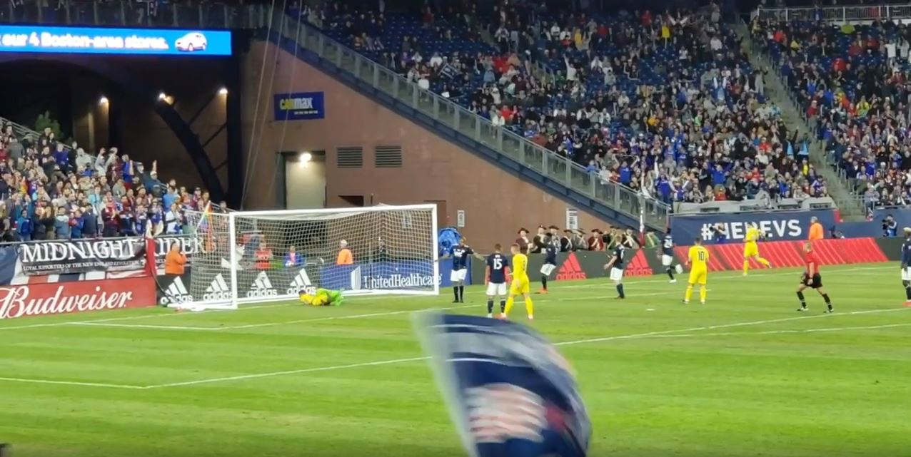 Video): Giroud heads simple second as Chelsea cruise to 2-0 lead