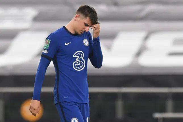 """Finally gets his rest"" - Chelsea fans split over Mason ..."